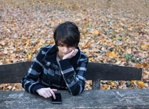 Social-media-self-esteem-teen-suicide.jpg